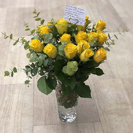 Gorgeous Yellow Roses With Vase