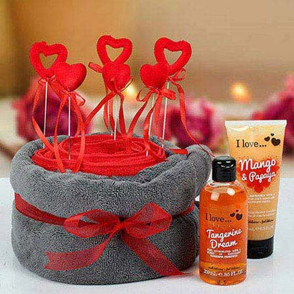 Gifts Hampers for Kiss Day