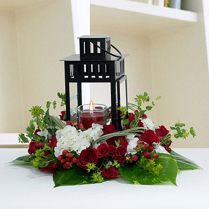 Ravishing Center Table Flower Arrangement