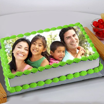 Special Photo Cake Eggless 2 Kg Butterscotch Cake