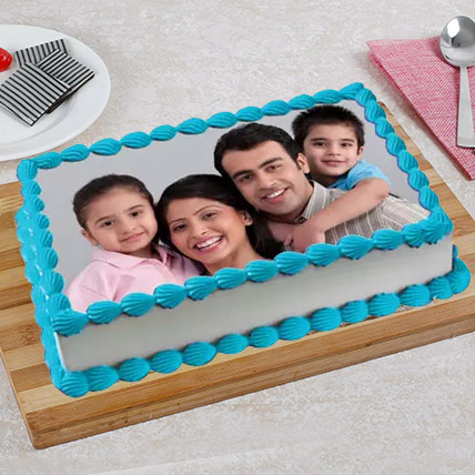 Tempting Photo Cake Eggless 1 Kg Vanilla Cake