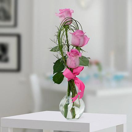 Pleasant Rose Arrangement OM