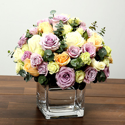 Mixed Rose Arrangement In Glass Vase OM