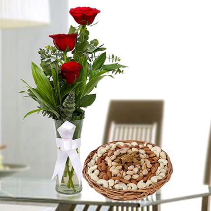 Red Roses Vase Arrangement And Dry Fruits Combo