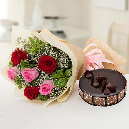 Beautiful Roses Bouquet With Chocolate Cake QT