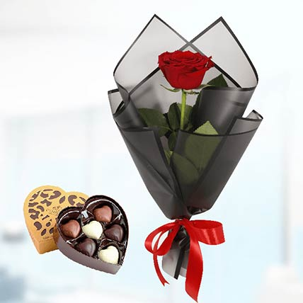 6 Red Roses Black Wrap & Godiva Chocolates
