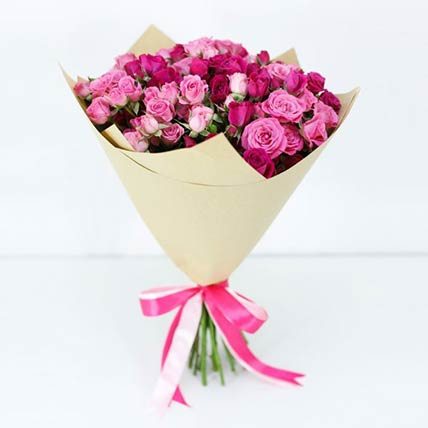20 Stems Of Pink Spray Roses Bouquet