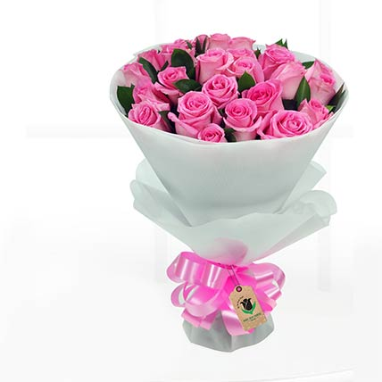 20 Stems Pretty Pink Roses Bunch