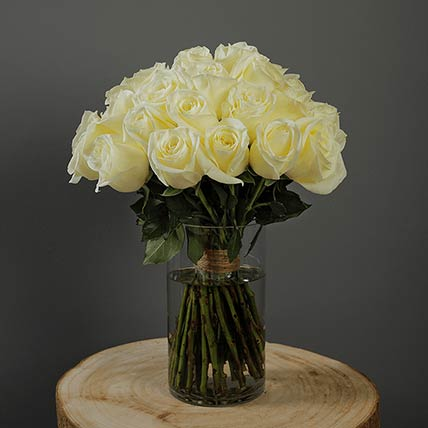 40 Stems White Roses Vase