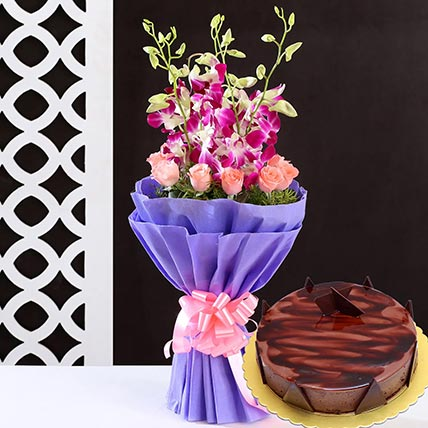 Lovely Flower Bunch & Choco Ganache Cake 4 Portions