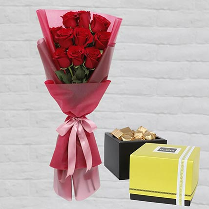 Romantic Red Roses Posy & Patchi Chocolates 750 gms