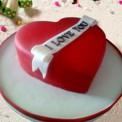 Lovely Heart Shaped Cake 8 Portions Chocolate